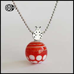 M2.5 ladybug pendant with necklace