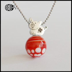 M2.5 mojo pendant with necklace