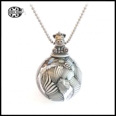 M2.5 unicorn pendant with necklace