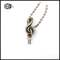 M2.5 musical note pendant with necklace