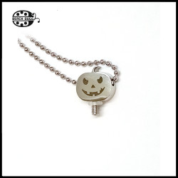 M2.5 halloween pendant with necklace