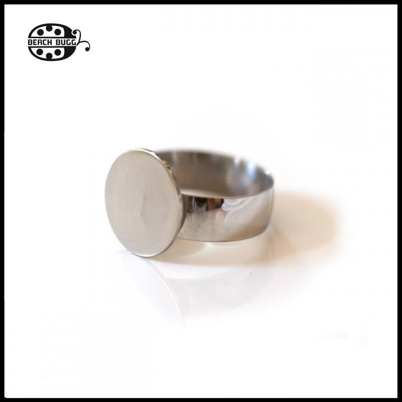 horseshoe pendant - big