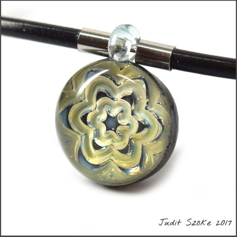 uniq hand glass pendant