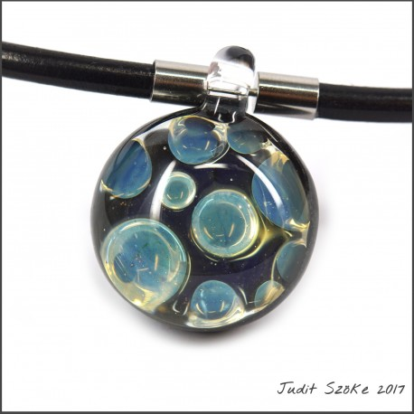 uniq bubble glass pendant